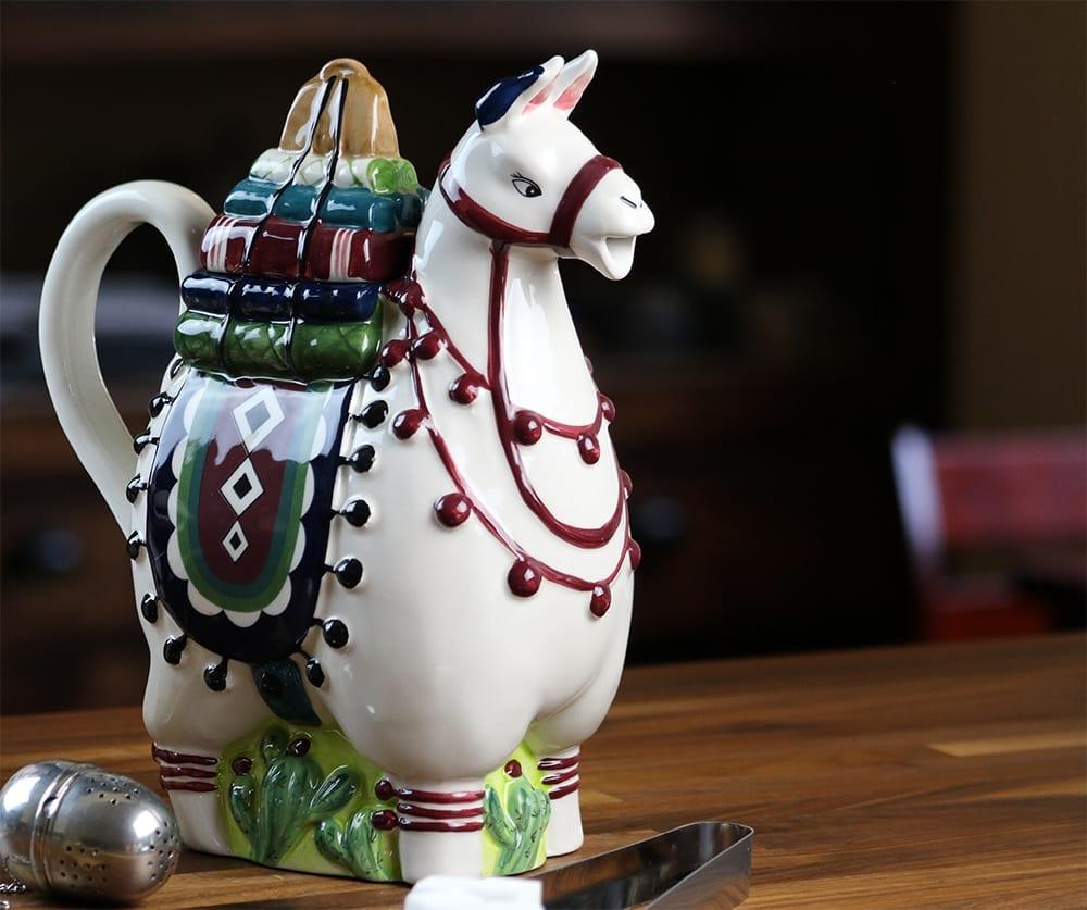 Llama Teapot - Blue Sky