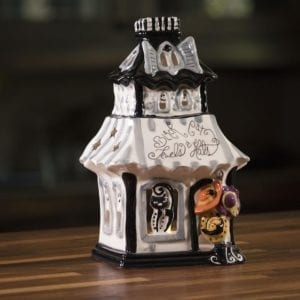 Black Cat Shop Candle House
