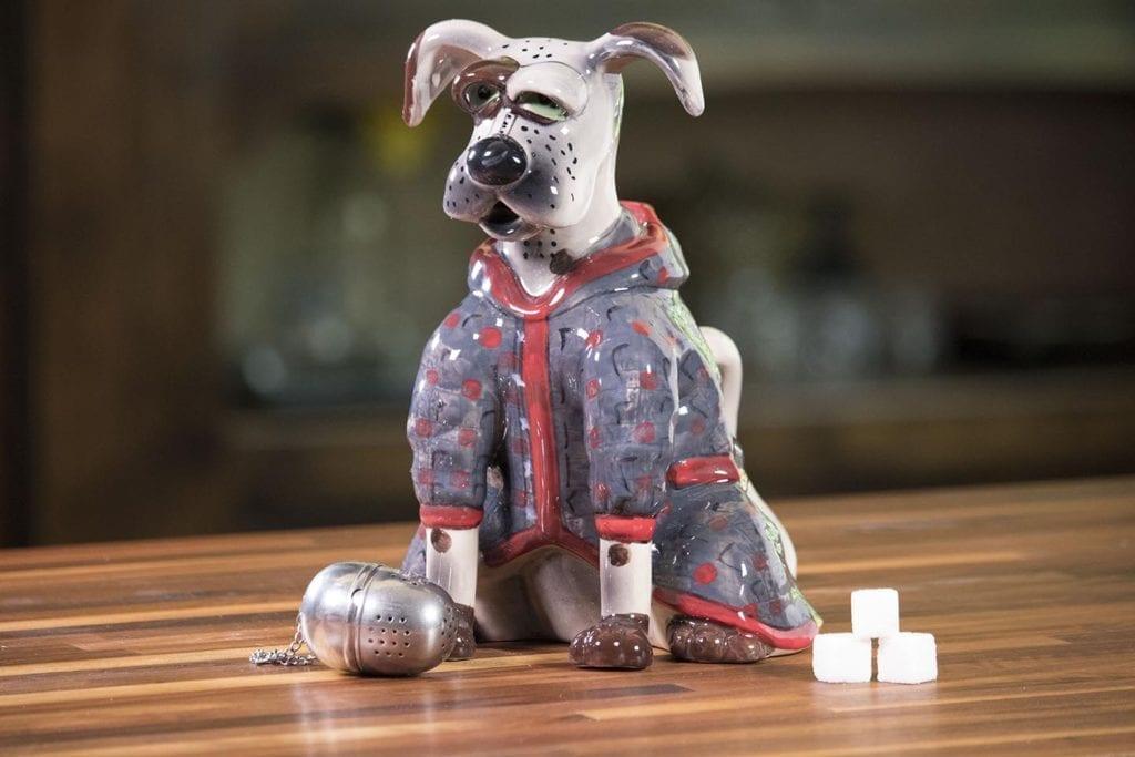 Jacket Dog Teapot