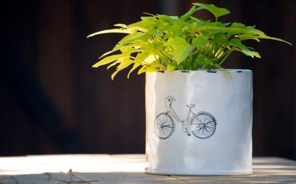 """Vespa 6"""" Flower Pot"""