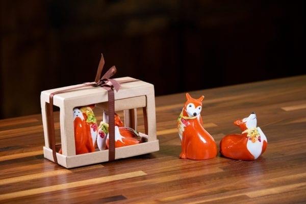 Kissing Autumn Foxes Salt & Pepper Set