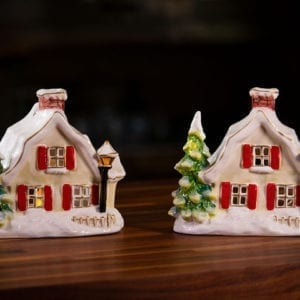Snowy Candle House – Duo