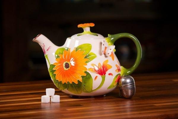 Gerber Daisy Teapot