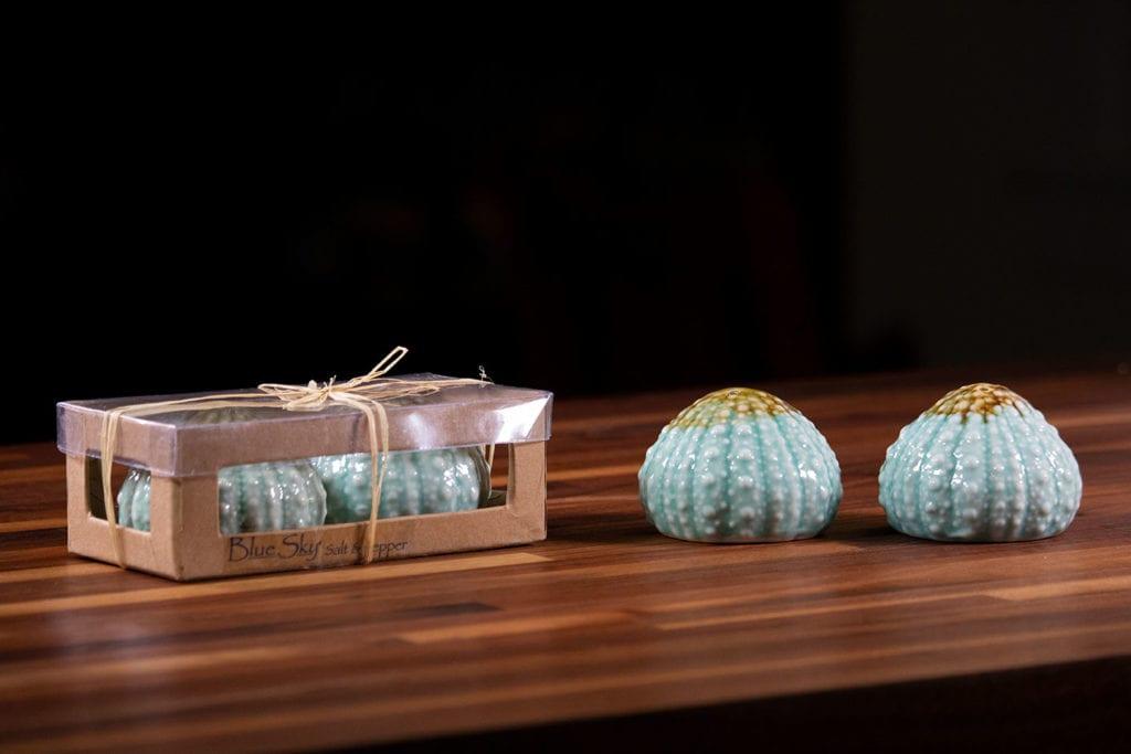 Turq Urchin Box Salt & Pepper Set