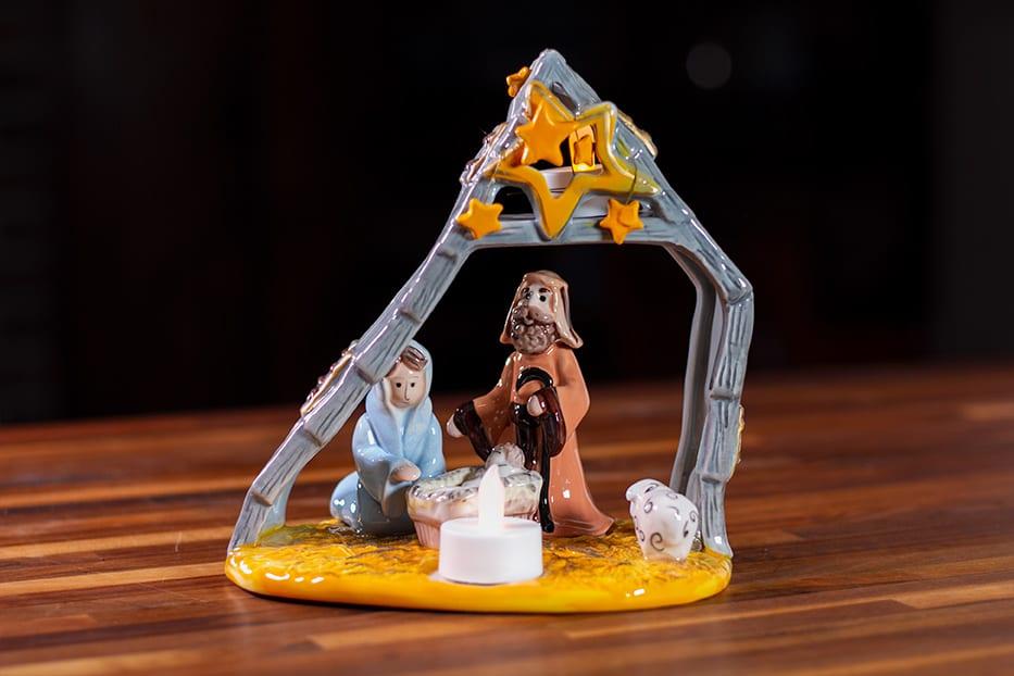 Nativity Creche Tealight Holder