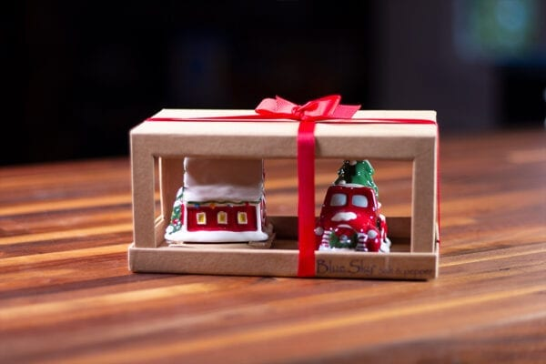 Christmas Truck and Barn S&P Set