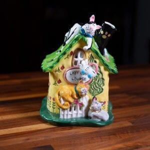 LAZY CAT LOUNGE CANDLE HOUSE