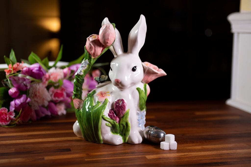 BUNNY WITH PINK TULIPS TEAPOT