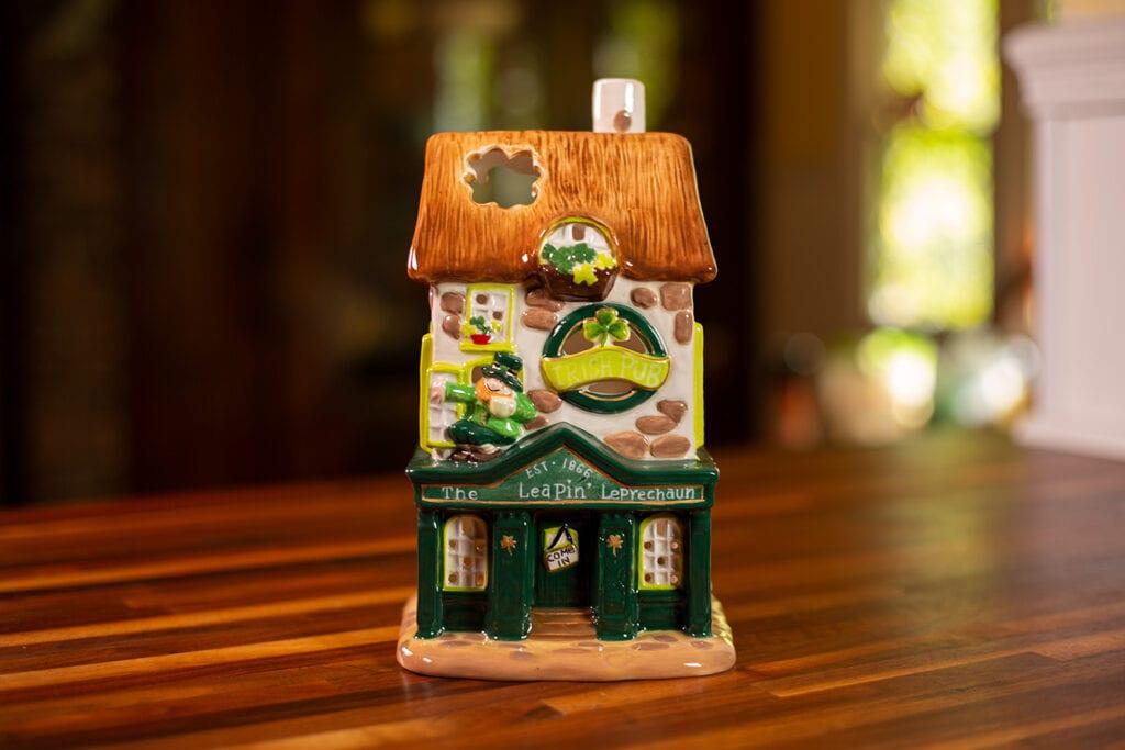 IRISH PUB CANDLE HOUSE